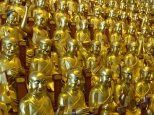 GoldenStatues