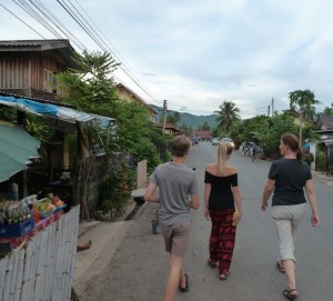 WalkingLaos